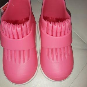 The butler rockhopper rain shoes